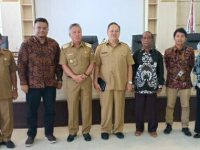 Wabup Wongkar Hadiri  Exit Meeting Dengan Tim BPK