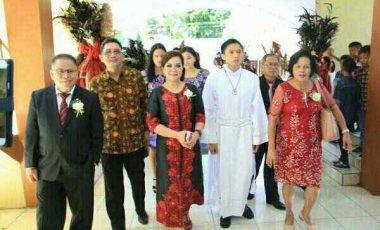Wawali SAS Hadiri Misa Pertama Pastor Carol Sompotan