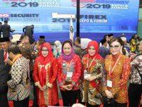 Bupati Paruntu Berbaur di Smart City Expo 2019