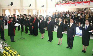 Dilantik, Ini Janji 20 Anggota DPRD Tomohon