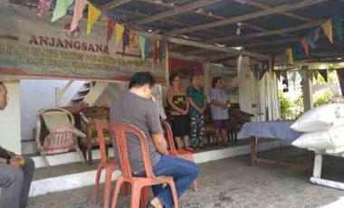 Ketua KPU Bitung Berbagi di Panti Werda, Ada Kisahnya