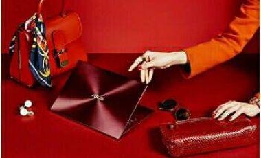 ASUS ZenBook S Burgundy Red Bernuansa Elegan