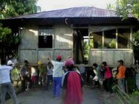 Tradisi Merawale, Angkat Rumah di Minahasa Mulai Punah