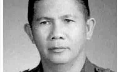 Gubernur Sulut Ini Perjuangkan Harga Cengkih, Akhirnya Dipecat