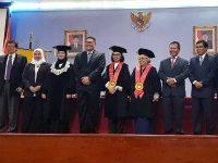 Kepala Kanwil Bea Cukai Sulawesi Utara Raih Gelar Doktor Di Bidang Hukum