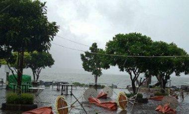 Wisata Kuliner di Manado Ini Porak-poranda Dihantam Badai